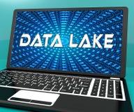 Wiedergabe data See-Digital Datacenter Wolken-3d stock abbildung