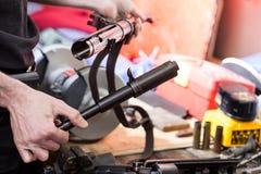 Wiederherstellung der alten deutschen Maschinenpistole MP-38 Stockbild