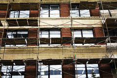 Wiederherstellung einer Wand eines Gebäudes Stockfotos