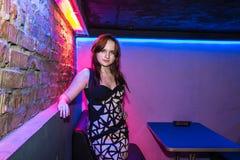 Wiederholung vor Modeleistung Art Chaos im Nachtclub Bla stockbilder