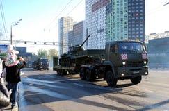 Wiederholung vor Victory Day-Parade für den 9. Mai stockfotos
