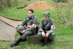 Wiederinkraftsetzung von Ereignissen des Zweiten Weltkrieges lizenzfreie stockfotos
