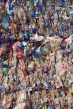Wiederverwertung des Plastiks und der Flaschen Stockfotos