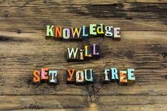 Wiedza ustawia ciebie swobodnie uczy szkoły mądrość uczenie zdjęcia stock