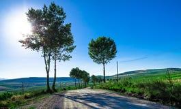 Wiejska droga nad wzgórzami Fotografia Stock