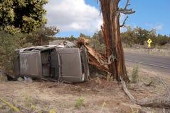 wiejska droga wypadek samochodowy Obrazy Royalty Free