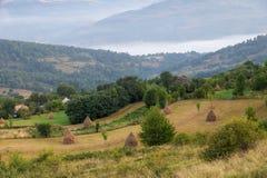 Wiejski krajobraz w Apuseni, Rumunia Fotografia Royalty Free