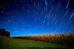 Wiejskiego Michigan Kukurydzanego pola gwiazdy śladu Wibrująca noc Obraz Royalty Free