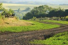 Wiejskiej drogi krzywa Fotografia Royalty Free