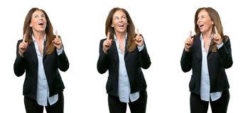 Wiek średni biznesowa kobieta z długie włosy fotografia stock