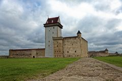 Wieka średniego Hermann kasztel w Narva, Estonia Zdjęcia Stock