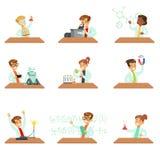 Wieki dojrzewania W Lab żakietach Robi nauki Badawczy Marzyć Zostać Fachowi naukowowie Ustawiający kreskówka W Przyszłości Zdjęcia Royalty Free