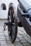Wiel van oude kanon dichte omhooggaand Stock Afbeeldingen