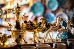 Wielbłądy dla pamiątek w souq waqif obraz royalty free