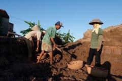Wielcy piekarniki, kilns, używać leczyć gliniane cegły w Wietnam Zdjęcie Stock