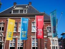 Wielcy sztandary reklamuje 2018 bulwaru teatru ulicznego festiwal w melinie Bosch obrazy royalty free