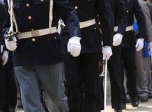 wiele agenci włoch policja z broniami w militarnej paradzie obrazy stock