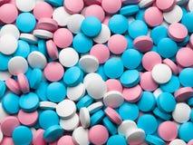 Wiele coloured pigułki. Zdjęcie Stock