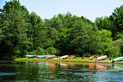 Wiele czółna Przez jezioro Zdjęcie Royalty Free