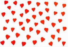 Wiele czerwoni serca cią out od papieru na bielu Zdjęcia Royalty Free