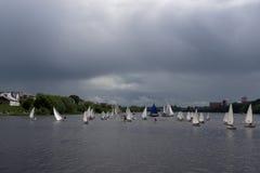 Wiele jachty na rzece Obraz Stock