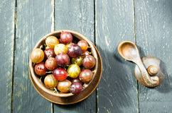 Wiele jagody w talerzu agrest Odgórny widok Być może Dekoracyjna fotografia Zdjęcie Royalty Free