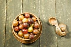 Wiele jagody w talerzu agrest Odgórny widok Być może Dekoracyjna fotografia Ciepły nastrój Obrazy Stock