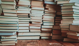 Wiele książek tło fotografia stock