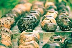 Wiele lampy rzeźbić od kokosowego drzewa Obrazy Stock