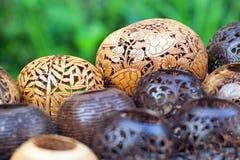 Wiele lampy rzeźbić od kokosowego drzewa Obrazy Royalty Free
