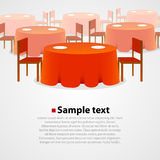 Wiele round stoły z tablecloth i dwa krzesłami Fotografia Royalty Free