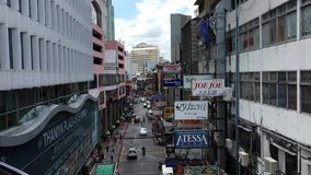Wiele sklepy lokalizować przy Silom w Bangkok, Tajlandia zbiory wideo