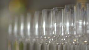 Wiele szkła szampan na stole zbiory
