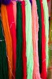 Wiele szwalna nić i tkactwo w krawieckim ` s Obraz Royalty Free