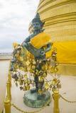 Wiele twarze Buddha statua w głównej świątyni w Bangkok fotografia stock