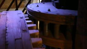 Wielen van een molen stock video
