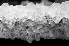 Wieliczka, zoutmijn natuurlijke zoute die kristallen op hout worden gevormd royalty-vrije stock foto