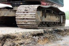 Wielka budowy bagrownica która pracuje na drogowym remontowym miejscu reportaż shortting obraz stock