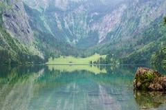 Wielka lato panorama Obersee jezioro Zielona ranek scena Szwajcarscy Alps, Nafels wioski lokacja, Szwajcaria, Europa piękno Obraz Stock