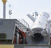 Wielka rakieta celująca przy niebem Fotografia od wystawy militarny wyposażenie w Kijów na Wrześniu 23 Zdjęcie Stock