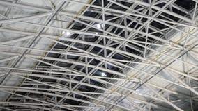 Wielka stalowa dachowa struktura przy magazynem zdjęcie wideo