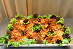 Wielka taca pieczony kurczak zdjęcie stock