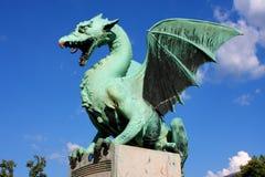 Wielka zielonego smoka mosta statua w Ljubljana, Slovenia Obraz Royalty Free