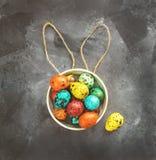Wielkanoc barwił jajka na ciemnym tle, pojęcie wielkanoc obraz royalty free