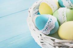 Wielkanoc koszykowi jaj Obrazy Royalty Free
