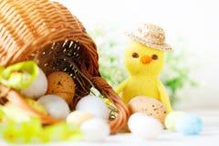 wielkanoc szczęśliwy Gratulacyjny Easter tło laski Wielkanoc jaj Obrazy Stock