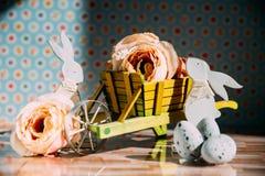 Wielkanocna dekoracja z pastelowymi kolorami Obraz Stock