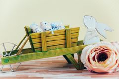 Wielkanocna dekoracja z pastelowymi kolorami Fotografia Royalty Free