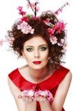 Wielkanocna kobieta Wiosny dziewczyna z mody fryzurą Portret był Zdjęcie Stock