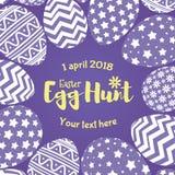 Wielkanocnego jajka polowania sztandar z purpurowych jajek różnym wzorem dla kartka z pozdrowieniami Obraz Stock